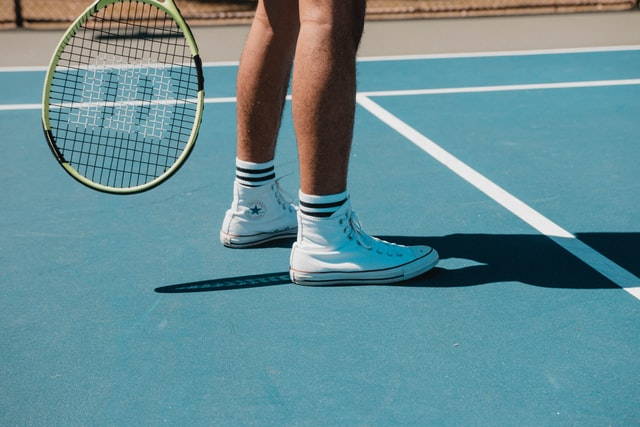 can tennis players play badminton