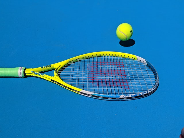 Cheap and expensive Tennis rackets