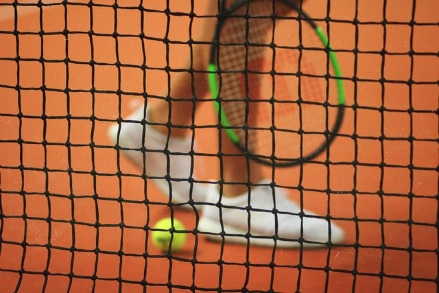 can you be disqualified from pro tennis match if you injure the opponent?