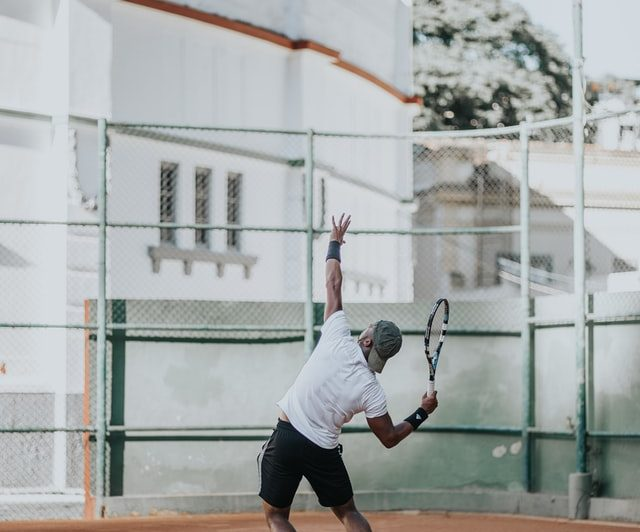 Do Ambidextrous Players Have Advantage In Tennis